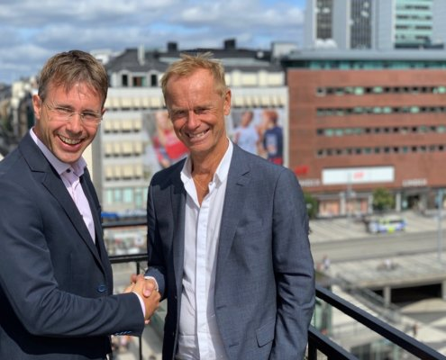 Håkan Lord välkomnar Johan Edén till SoftOne Group